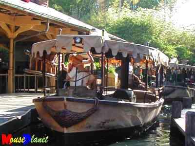 Disney world 12 jours de rêves en image Jungle_cruise_boats