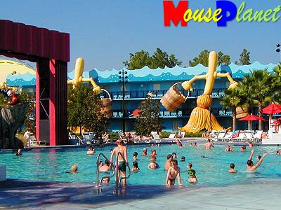 Mouseplanet all star movies resort photo tour by for Piscine voves