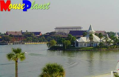 Disney world 12 jours de rêves en image View_of_polynesian_&_wedding_pavilian