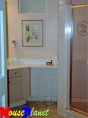 The master bathroom in the one- and two-bedroom vacation homes.