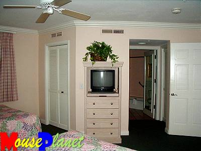 The studios and the second bedroom in the two-bedroom vacation homes are very similar.
